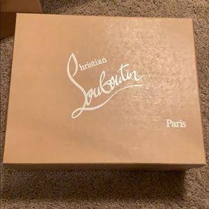 Christian Louboutin BOX Nude Alaric 40